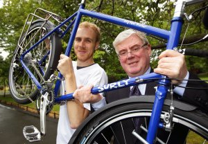 Eamon Gilmore PR Photo for Carers Association.