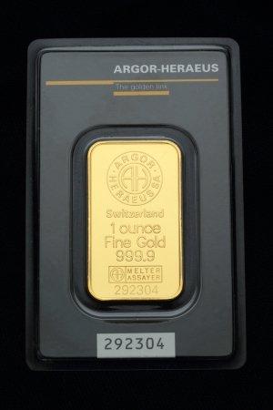 Gold Bullion Product Photography.