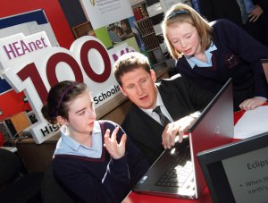 Eamon Ryan at Heanet Schools Network Broadband Launch.