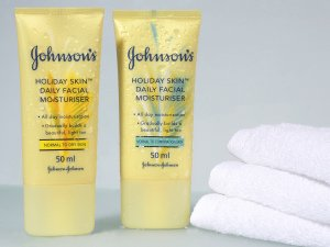 Product Photography, Pack Shot for Johnson and Johnson.
